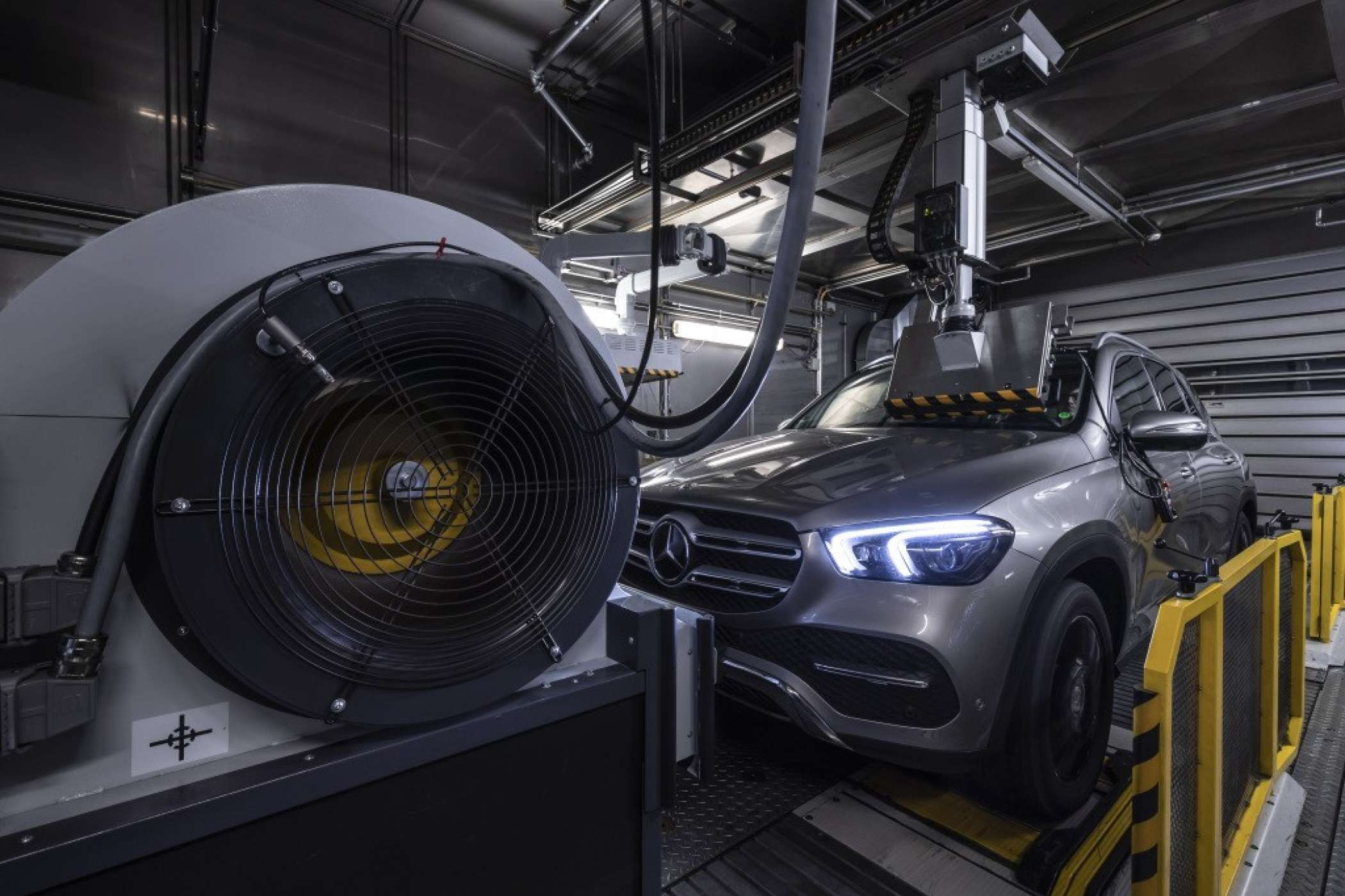 Mercedes-Benz Cars - Technology and Emission Strategy.